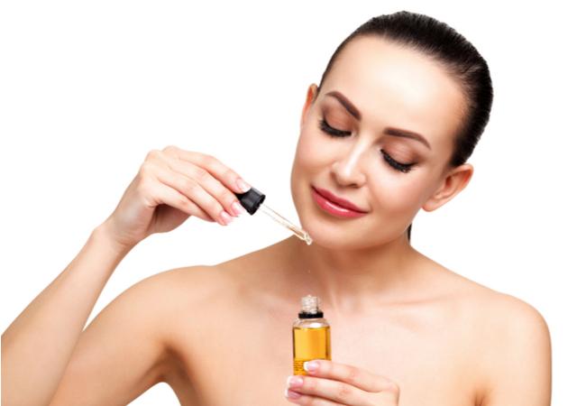 Mengenal Manfaat Neem Oil, Minyak yang Ampuh Mengatasi Masalah Kulit dan Rambut