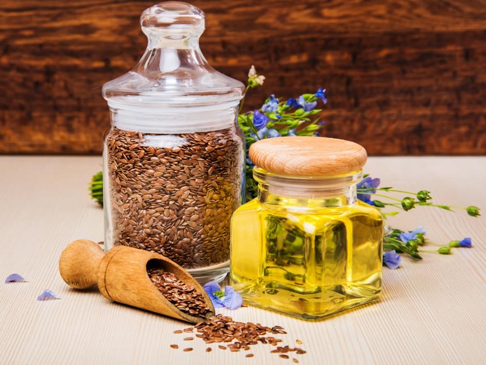Mengenal Flaxseed Oil, Minyak Alami yang Diklaim Ampuh dalam Mengatasi Masalah Penuaan Kulit